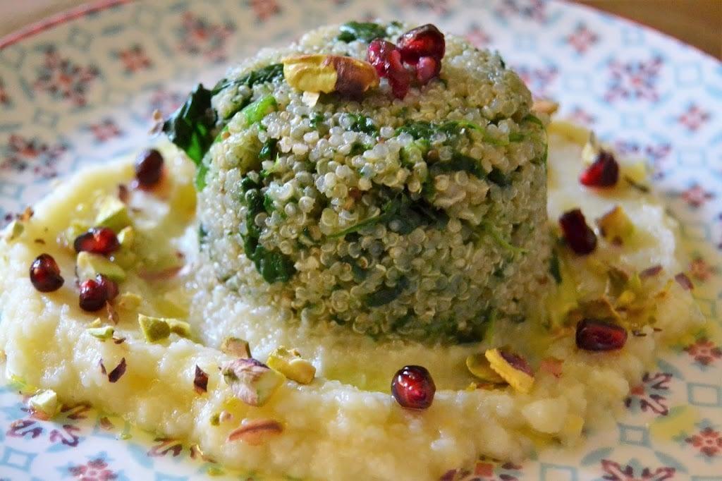 Sformatini di quinoa, spinaci su crema di cavolfiore